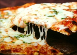 mozzarella-pizza-marcopolonews