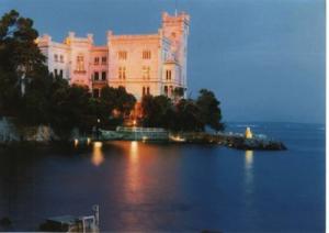 castello-di-miramare_marcopolonews copia
