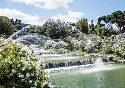 Roma laghetto dell 39 eur aperto il giardino delle cascate for Cascate laghetti da giardino